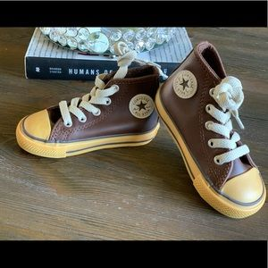 NEW Converse Boys Chuck Taylor Leather Gum Toddler